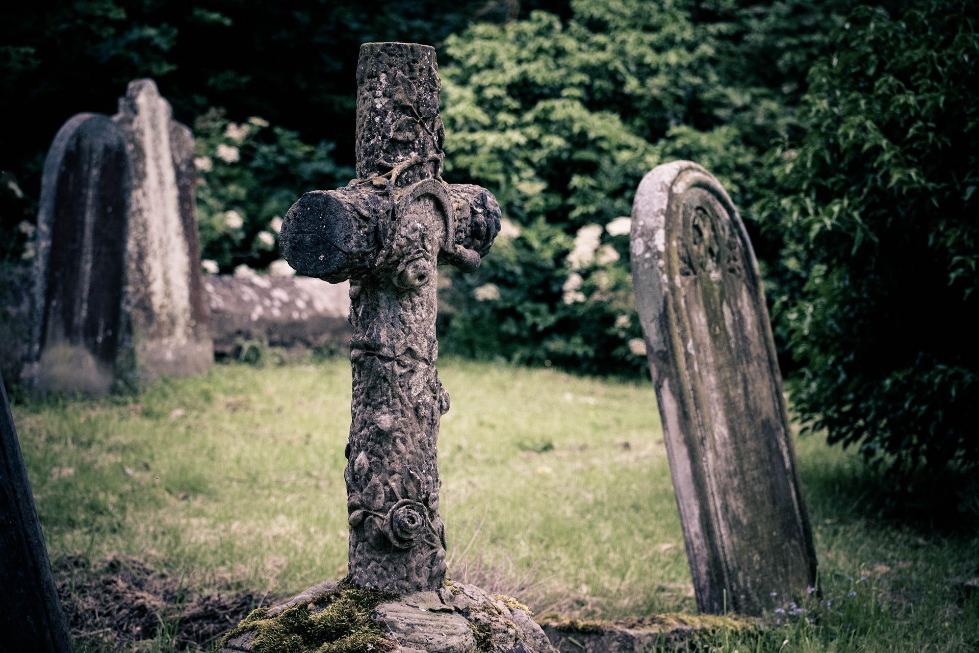 tweedehands grafsteen voordelen